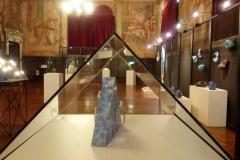 Bacino Mediterraneo, Semirefrattaria, porcellana, ingobbbi, plexiglass con pittura d'acqua