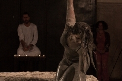 Performance Mater-genesi